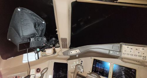 Ralf Rohner's photo shows how he installed his camera inside the cockpit of his Boeing 777-300ER.