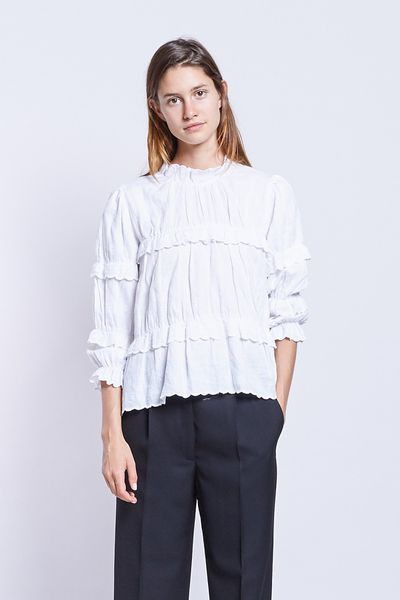 """Isabel Marant Etoile top $655 at <a href=""""https://www.incu.com/products/isabel-marant-etoile-daniela-white"""" target=""""_blank"""">Incu</a><br>"""
