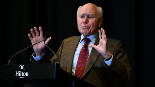 Former Prime Minister John Howard has said the Labor primary vote is too low to translate into electoral victory. (AAP)