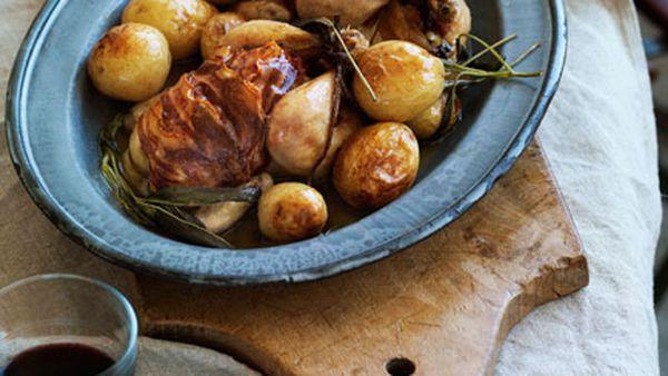Roast spatchcocks with potatoes