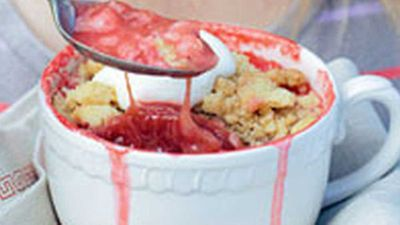 <strong>Rhubarb and strawberry crumble</strong>