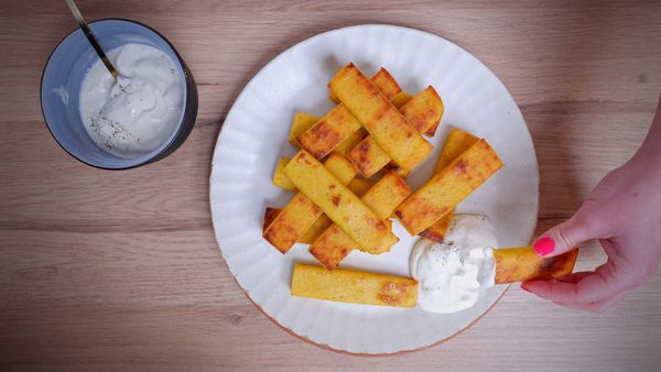 9Honey Every Day Kitchen: These are the ultimate cheesy, crisp polenta chips