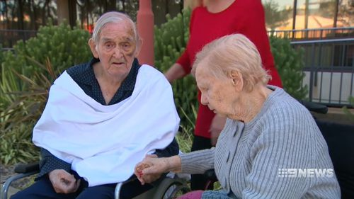 Hetty and Alf Craster were separated after a fall left Mr Craster in hospital. (9NEWS)