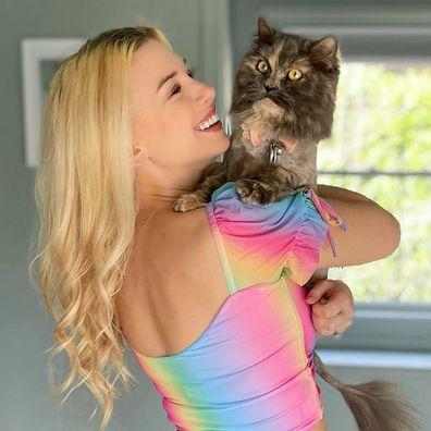 Sarah Daniels, Disneyland, woman with cat