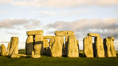Major ancient circle found near Stonehenge