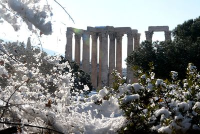 <p>Greece: Snow covers the archaeological site of the temple of Zeus</p> <p> </p>