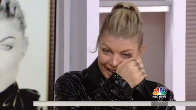 Fergie breaks down in tears on live television: 'I am losing it'