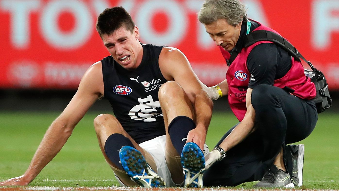 Matthew Kreuzer to miss four months with fractured foot in season-opener