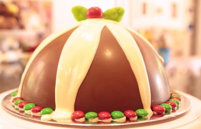Christmas 'pudding' smash cake