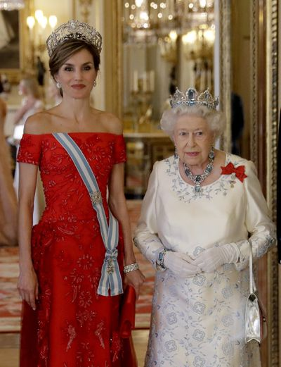 """<p><a href=""""https://style.nine.com.au/2016/12/23/14/27/most-stylish-royals/10"""" target=""""_blank"""" draggable=""""false"""">Queen Letizia of Spain</a> touched down in London in July 2017 to embark on her first-ever state visit to the UK.</p> <p>Joined by her husband King Felipe VI, Letizia has spent much of her time at official engagements with the British royal family with her impeccable fashion choices impressing all.</p>"""