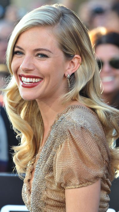 <strong>Long and blonde</strong><br>Beautiful, blonde waves dominated between 2008 and 2012, becoming the hairstyle for which she is best known.