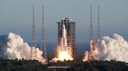 China successfully launches new spacecraft