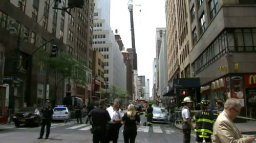 The unit landed on New York's busy Madison Avenue. (9NEWS)