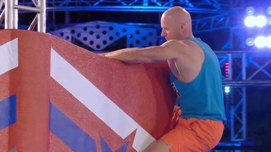 Alex Bigg's shock splash on the Bar Hop in Heat 3