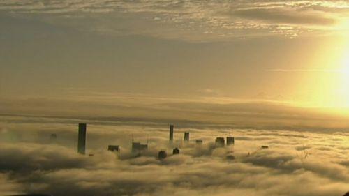 Blanket of fog delays flights in Brisbane