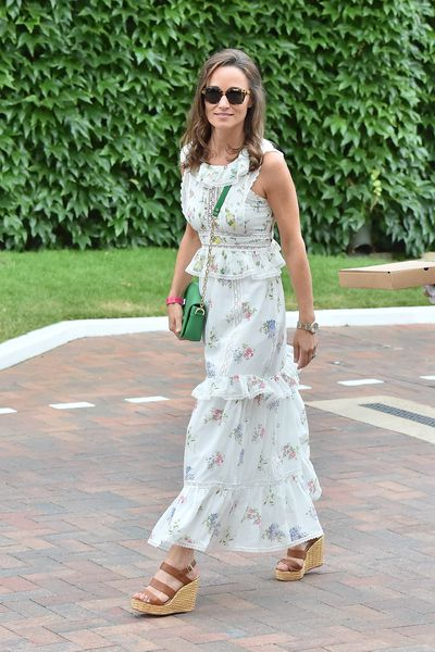 """<p>""""Kate Middleton has a nice silhouette. I like that kind of woman, I like romantic beauties. On the other hand, the sister struggles. I don't like the sister's face. She should only show her back.""""</p> <p><strong>Karl Lagerfeld</strong> on Pippa Middleton.</p>"""