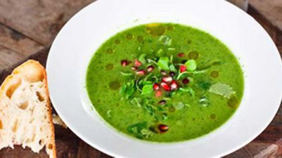 <strong>Spicy green gazpacho</strong>