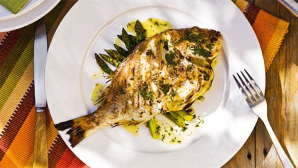 Whole baby snapper and asparagus with beurre blanc