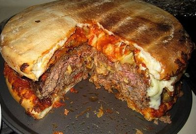 Bacon and cheese-stuffed pizza burger