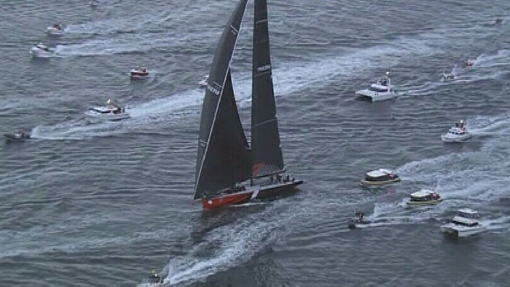 Comanche takes Syd to Hob line honours
