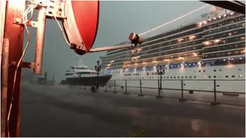 Cruise ship almost hits yacht in wild Venice hail storm.