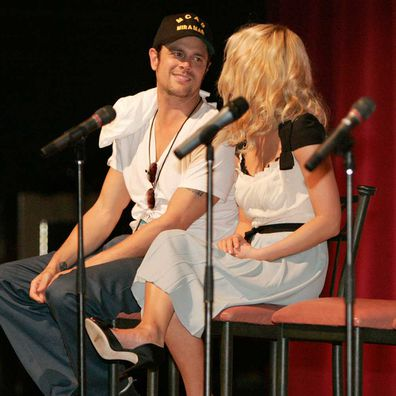 Johnny Knoxville and Jessica Simpson.