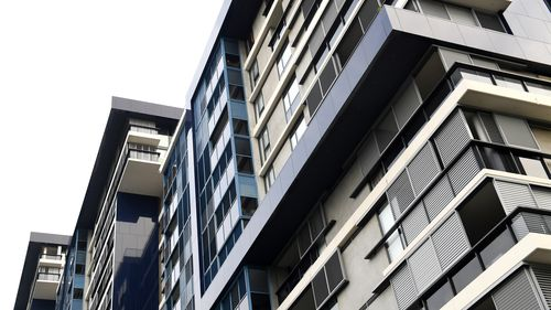 The average price of a unit in Canberra will set you back $436, according to SQM Research data. (AAP)