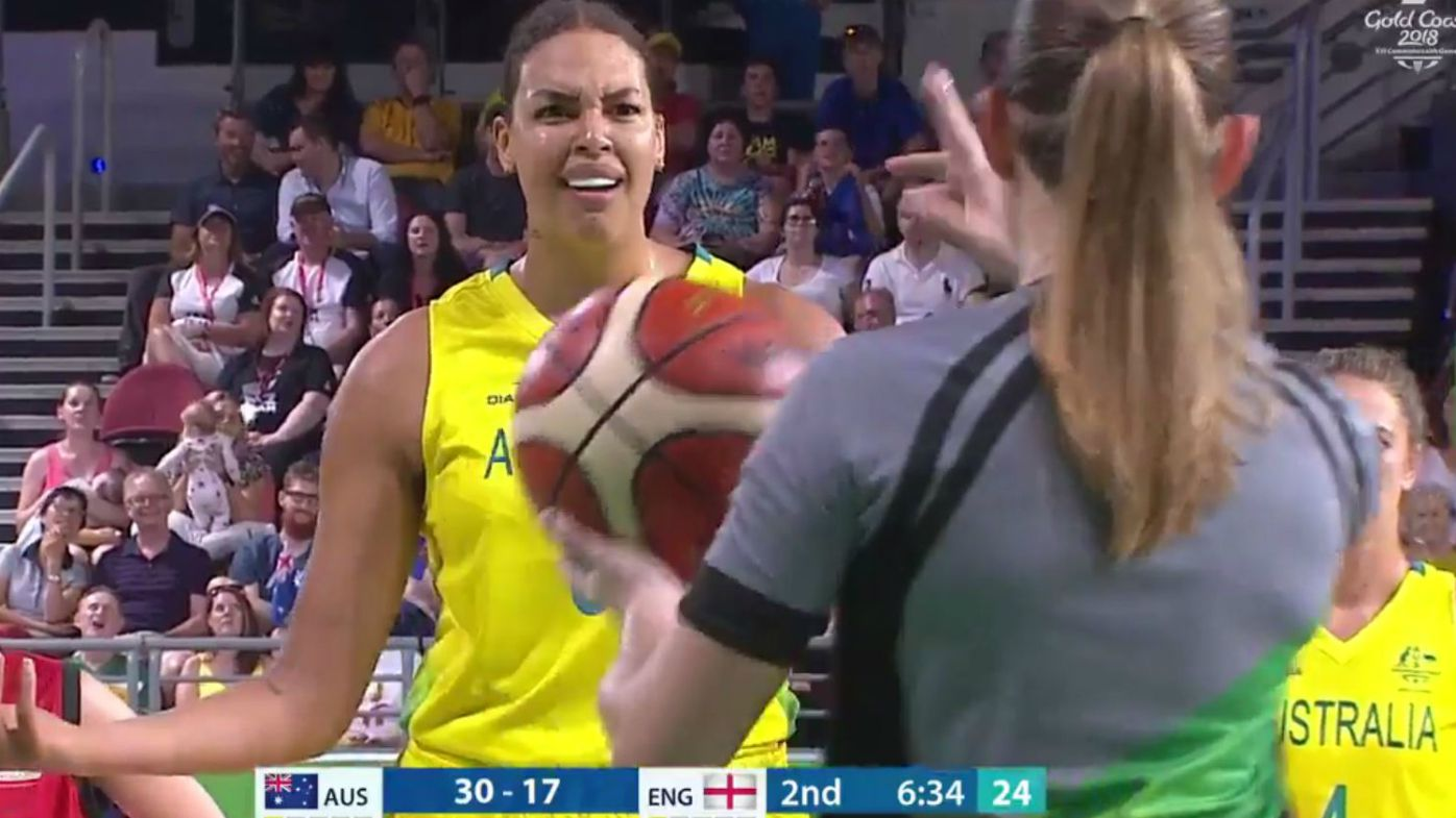 Liz Cambage ejected in Commonwealth Games basketball gold medal match against England