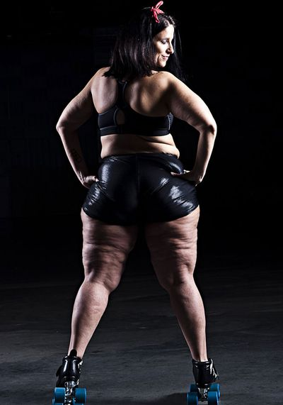 Italian Booty Queen, 34, Southern Illinois Roller Girls