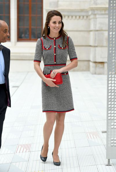"The Duchess of Cambridge made an appearance with her formerly long locks just last week at the Victoria and Albert Museum in London, where she paired her<a href=""http://style.nine.com.au/2016/09/28/14/30/duchess-cambridge-kate-middleton-christmas-fashion"" target=""_blank""> elegantly styled tresses with a tweed Gucci dress.</a>"
