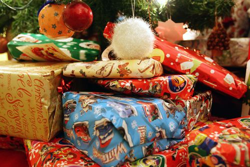 The cost of Christmas last year cost on average $890.