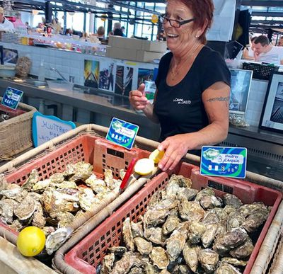 The famous Arcachon oysters.