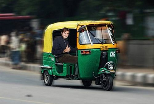 Fans encouraged Federer to take a ride in a rickshaw. (Picture: Twitter)