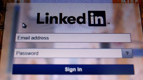 Microsoft to buy professional networking site LinkedIn for $35 billion