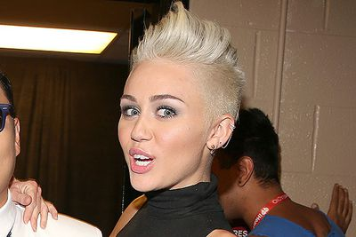 "Miley Cyrus' ""shocking"" new hair got more headlines than her career this year. You might need to purchase, then attack, a white-blonde wig with scissors for this punk look."
