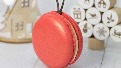 "Recipe: <a href=""https://kitchen.nine.com.au/2017/12/01/14/09/kirsten-tibballs-christmas-macaron-baubles"" target=""_top"">Kirsten Tibballs' Christmas macaron baubles</a>"