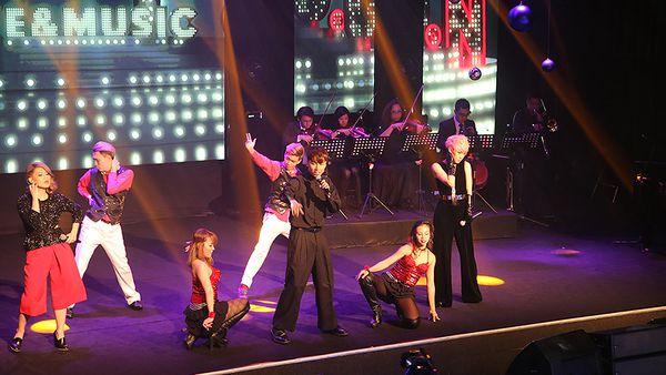KL Live performance