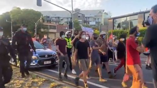 Protesters cause traffic chaos outside Gabba cricket Test match decider