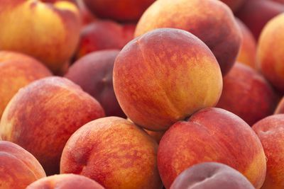 Peaches: 8g sugar per 100g