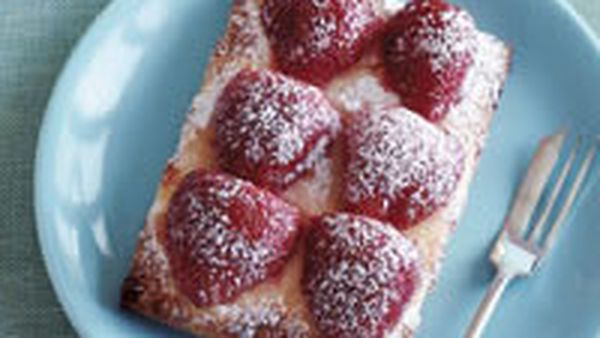Croissants with strawberries and cream