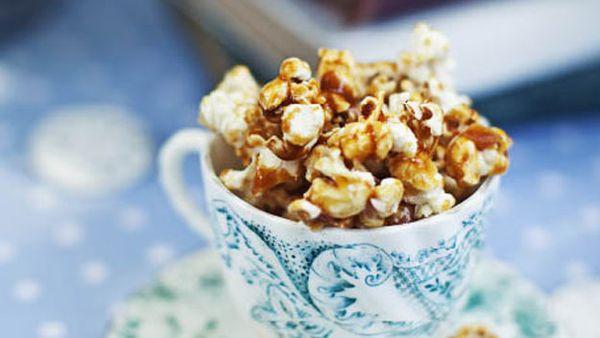 Salty caramel popcorn