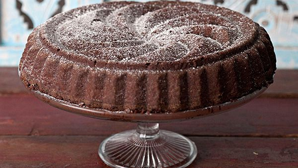 Hazelnut and raisin cloud forest chocolate cake
