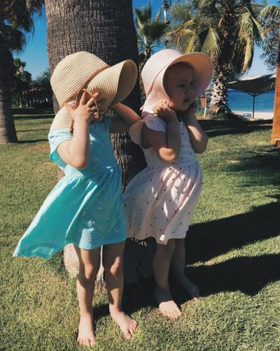 "We love the adult-fashion free, Holly Hobbi vibe of these sweet Russian sisters. Follow them on <a href=""https://www.instagram.com/sheriandsheri/"" target=""_blank"" draggable=""false"">@sheriandsheri</a>"