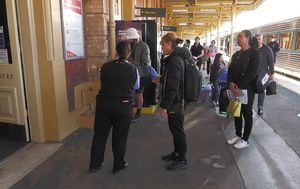 Trains and buses to resume between NSW and Victoria as borders relax