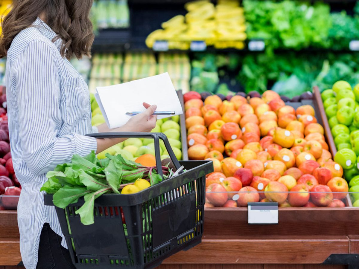 How to cut costs on your grocery bill with hungry family members ...