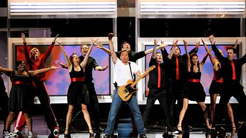 Emmy Awards open with all-star, Glee-inspired musical tribute