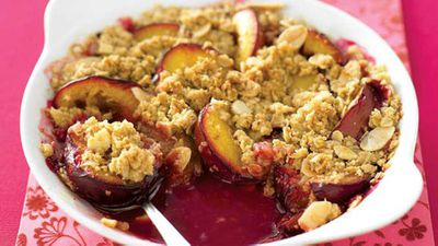 "Recipe:&nbsp;<a href=""http://kitchen.nine.com.au/2016/05/13/11/19/cinnamon-crunch-plum-crumble"" target=""_top"" draggable=""false"">Cinnamon crunch plum crumble</a>"