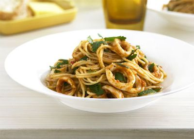 "Recipe:&nbsp;<a href=""http://kitchen.nine.com.au/2016/05/19/17/03/calamari-chilli-and-garlic-spaghettini"" target=""_top"">Calamari, chilli and garlic spaghettini</a>"