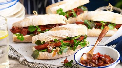"<a href=""http://kitchen.nine.com.au/2016/05/17/10/05/chorizo-baguettes-with-tomato-chutney"" target=""_top"">Chorizo baguettes with tomato chutney</a>"