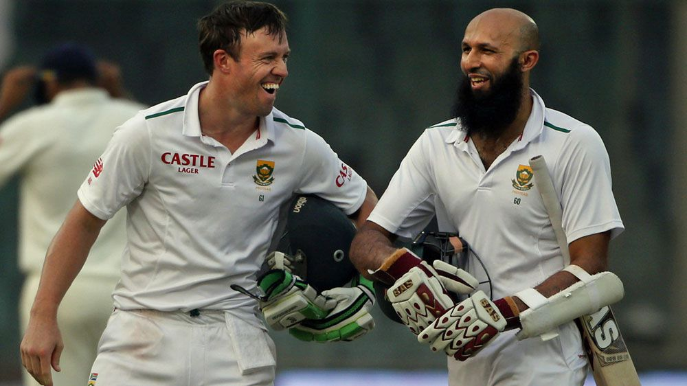 Hashim Amla (R) took 46 balls to get off the mark. (AFP)